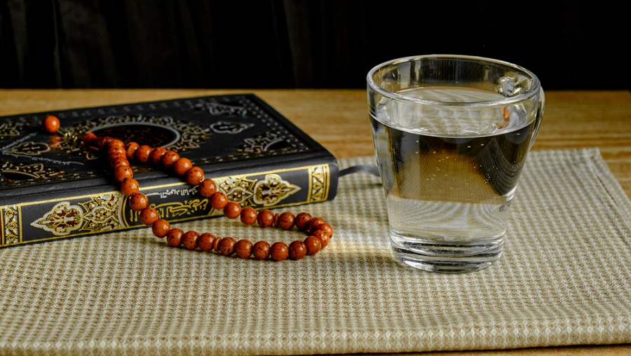 quran-rosary-water