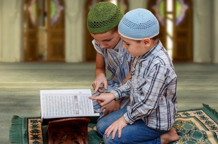 young-muslim-boys-quran